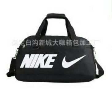 Pre order  nike traveling bag
