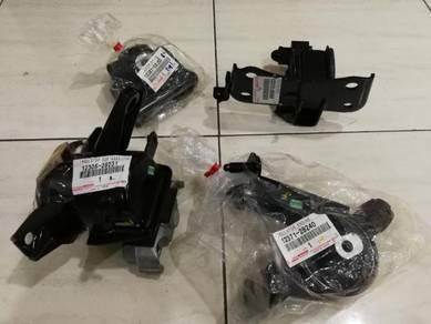 Toyota alphard/vellfire/estima 2.4 engine mounting