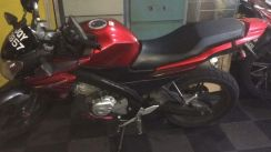 Yamaha FZ150 i Tip top condition, boleh loan OTR