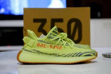 Yeezy 350 V2 Frozen Yellow US 9 / UK 8.5 / EU 42.5