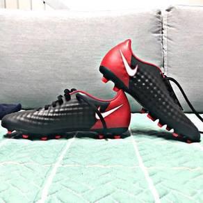 Kasut bola Nike aka football shoe