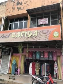 Kedai dua tingkap