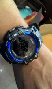 Jam tangan pedometer counter