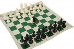 17ra csolid plastic roll up mat with bag chess set