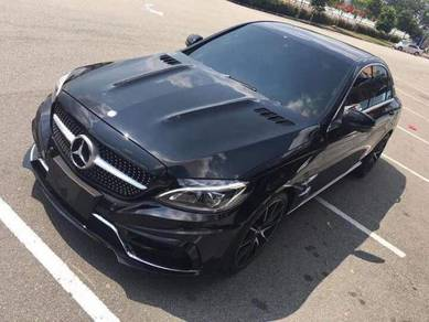 Mercedes c-klass w205 c63 gt style front hood