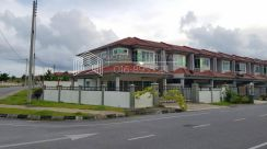Spacious Double Storey Corner at UNIGARDEN KUCHING