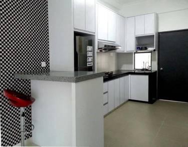 Surian Residences Condominium ~Near to Airport & QE1