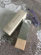 Burberry - Bright Glow Foundation SPF30 30ml