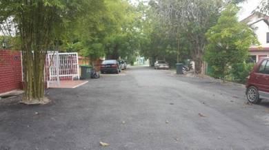Tanah lot jalan sulthanah