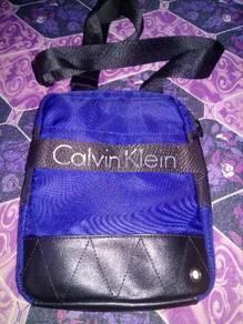 Sling bag ck original