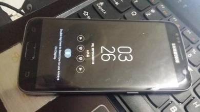 Samsung Galaxy S7 Duos with dual-SIM card slots