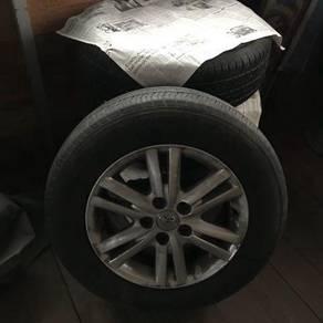 Tyre good condition, rim 16/215/65