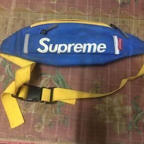 Sling bag supreme