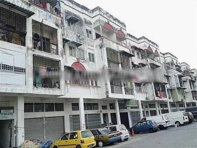 Shop Apartment Taman Puchong Intan, tingkat satu