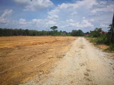 Tanah Lot Banglo 6 Km Dari Bandar Tanah Merah