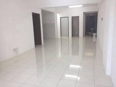 (Corner Lot) Green Suria Apartment Bandar Tun Hussein Onn Cheras