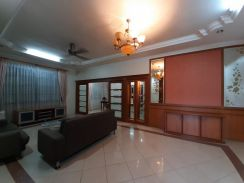 For rent - extra large semi detach house tabuan jaya kuching