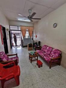 Corner Terrace House , Taman Belibis , Tangling