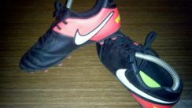 Nike tiempo saiz 24