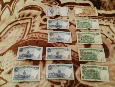 Koleksi duit kertas lama