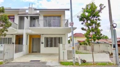 2 storey end lot taman beringin jaya, with extra land, beranang-mantin