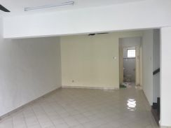 Spacious and Good condition 2sty Puchong Hartamas 2 for Rent