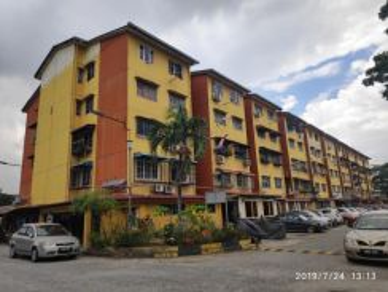 Flat In Jalan PJS 6/4E, Kampung Lindungan, Petaling Jaya, Selangor