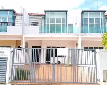 BANK LELONG No.66, Jalan Pulai 1, Taman Desaru Utama, Bandar Penawar