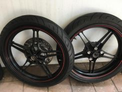 Y15 rim and tyres