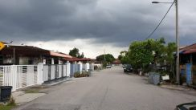 Taman Pulau Gadong (Jln BP) 1sty Terrace House (3 room 2 bath)