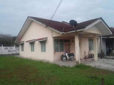Renovated Single Storey Bungalow - Rumah Banglo, Taman Tiram Jaya, Ulu