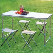 Portable picnic table with 4 chair
