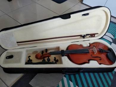 Violin V-30