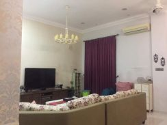 D' Residence 3 Storey Superlink Fully Reno and Funi