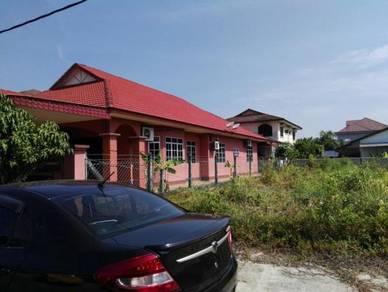Rumah Sesebuah Taman Desa Bayu Seri Manjung