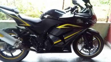 2012 Kawasaki Ninja 250 Untuk dijual
