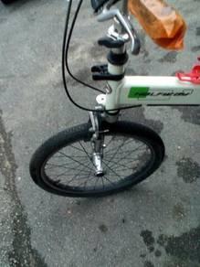 Giant Halfway Folding Bike