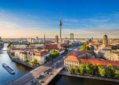 AMI Travel | 13H10M Kembara Eropah Timur (Muslim)
