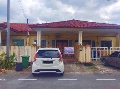 Jalan Dato Mohd Musa Muara Tuang Single Storey Bukit Beranggan