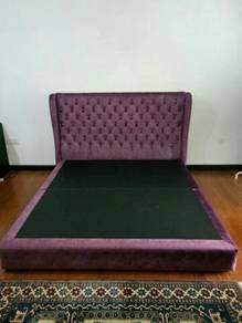 Purple Tufted Upholsetered King Size Bed