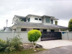 Fully Furnished Double Storey Semi-D at Jalan Kapor, Stapok