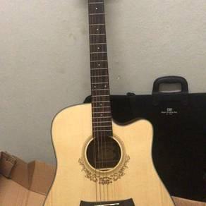 Mentreel acoustic guitar