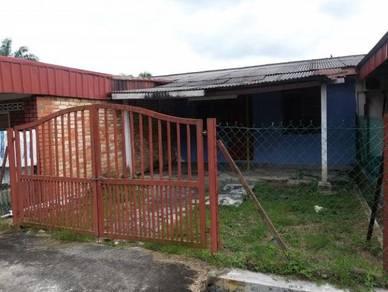 Rumah Teres Setingkat di Taman Permai Banting Untuk Disewa