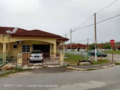 Corner Lot Di Taman Tasek Putra Tronoh