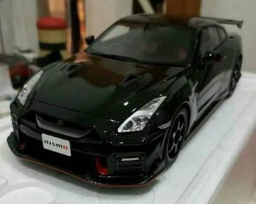 Diecast 1:18 Nissan Skyline R35