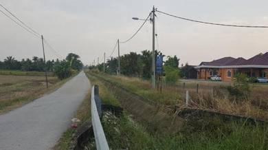 Tanah dan rumah untuk dijual di kampung parit teropong,bandar baru, k