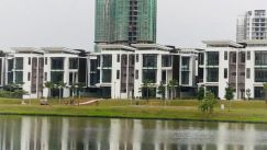 3 storey twin villa fully reno lake view putrajaya