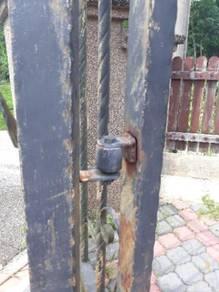 Perkhudmatan baiki pagar,tukar bearing,roda dll