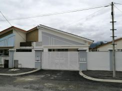 Sungai Siput,ipoh.1 Sty FREEHOLD Semi-D Corner House Size: 9700 sqft