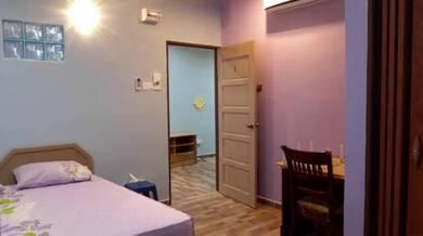 Nilai square room to rent